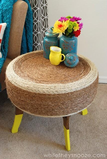 mesinha feita com pneu velho cascavilha quem procura acha. Black Bedroom Furniture Sets. Home Design Ideas
